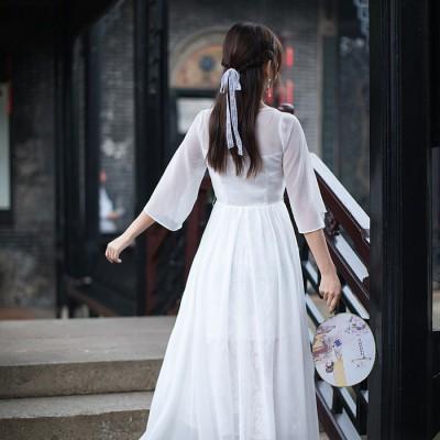 2821 2018新款 文艺复古改良汉服绣花长裙连衣裙蕾丝领仙女连衣裙
